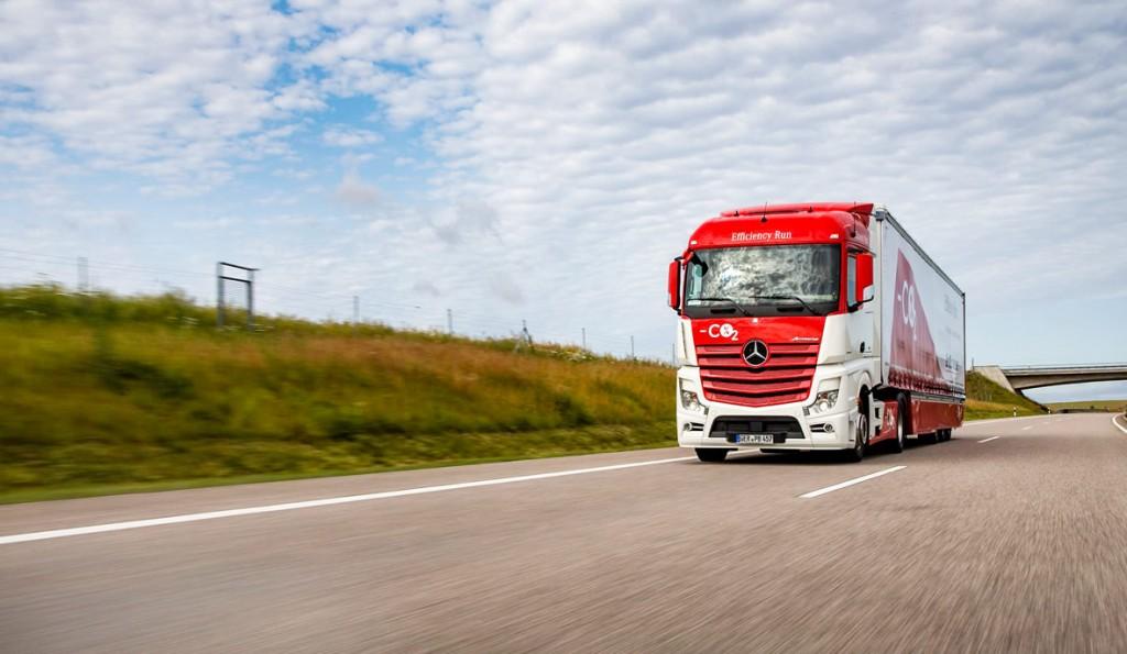 01-Mercedes-Benz-Vehicles-Actros-Efficiency-Run-1180x686