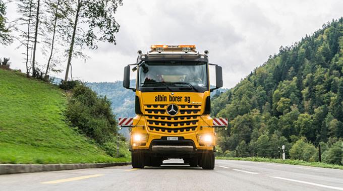 02-Mercedes-Benz-Arocs-TRK-Albin-Borer-680x379