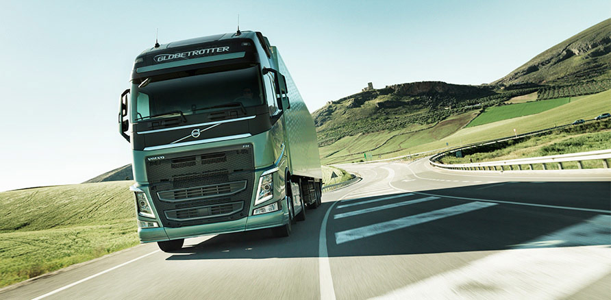 new-volvo-fh-on-the-road-2