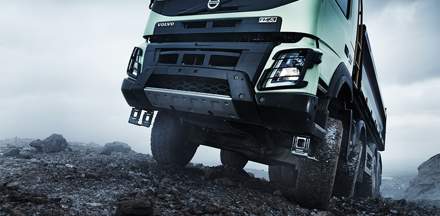 volvo-fmx-high-ground-clearance