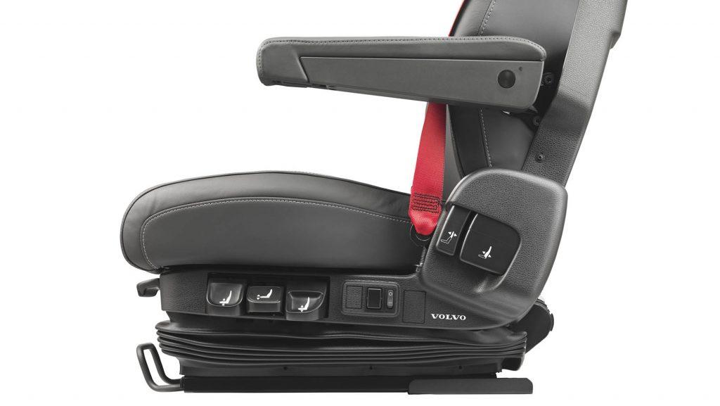 2326x1310-volvo-fm-driver-seat