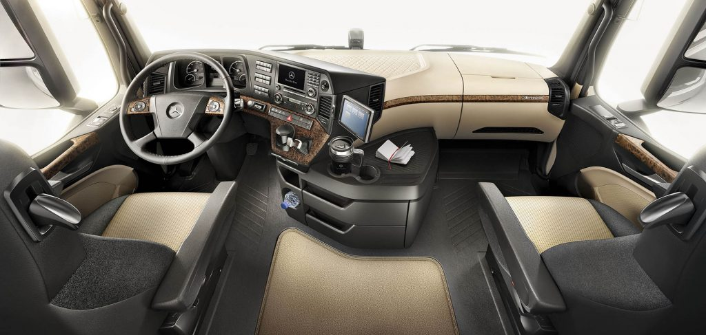 Mercedes-Benz-New-Actros-brown-interior