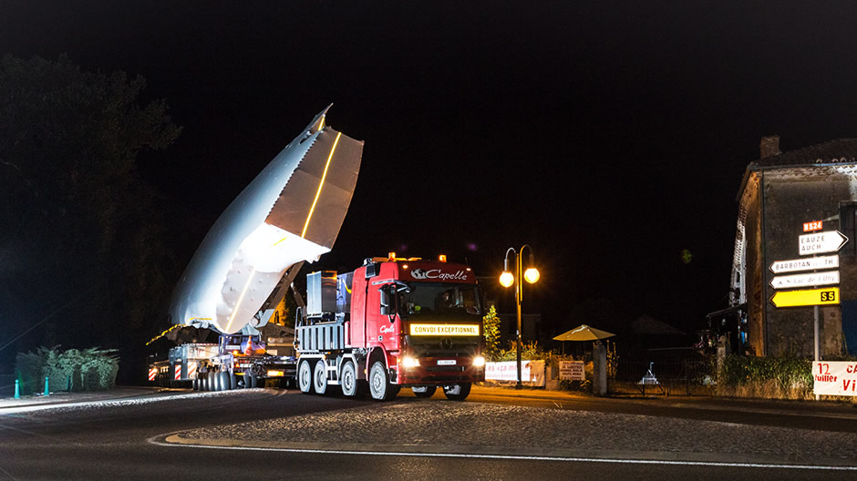 heavy-transport-of-airbus-a380-940-16