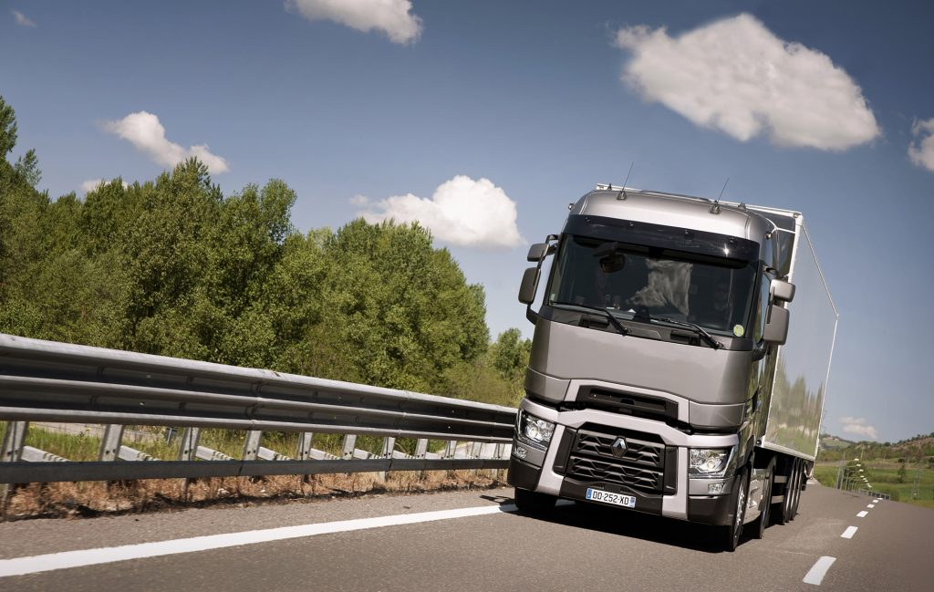 renault_trucks_t_road_5