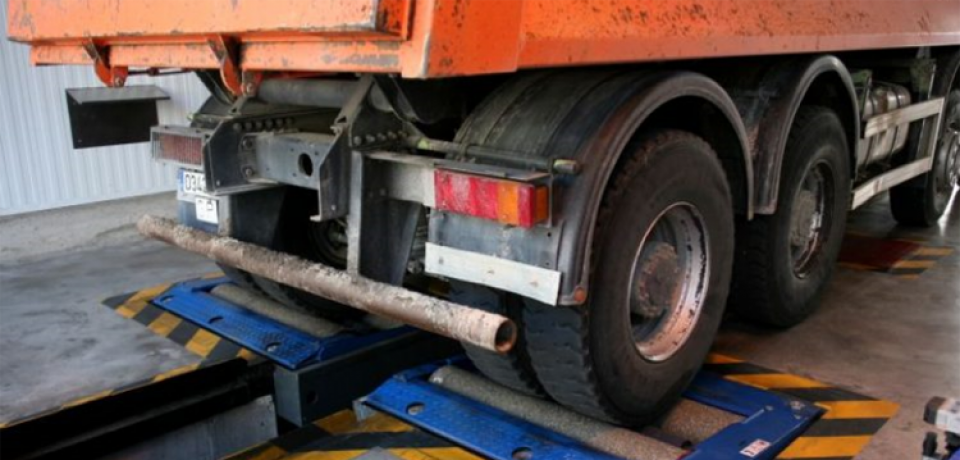 Camiones_semirremolques_rechazos_ITV-960x460