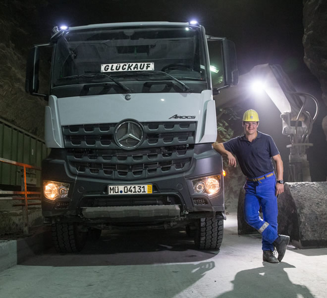 6-Mercedes-Benz-Arocs-salt-mine-Wacker-660x602