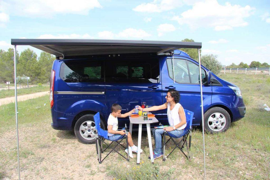 ford-custom-tinkervan3