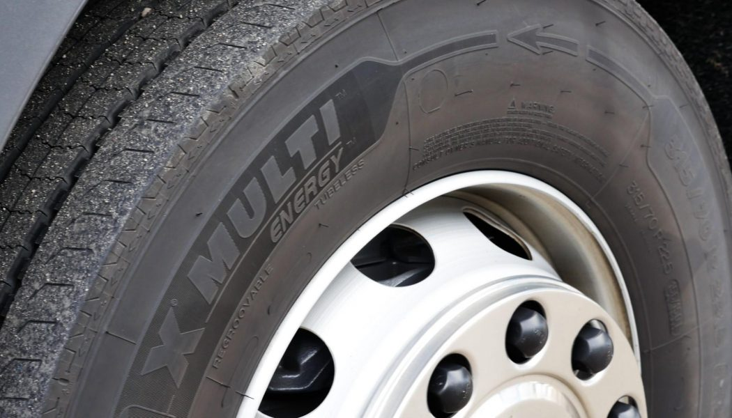 Ahorrando combustible con los MICHELIN X Multi Energy
