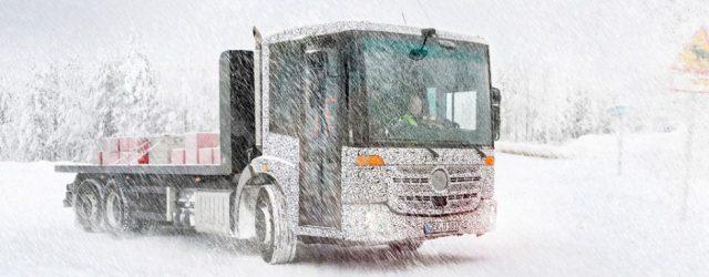 Camiones Mercedes sobre el hielo
