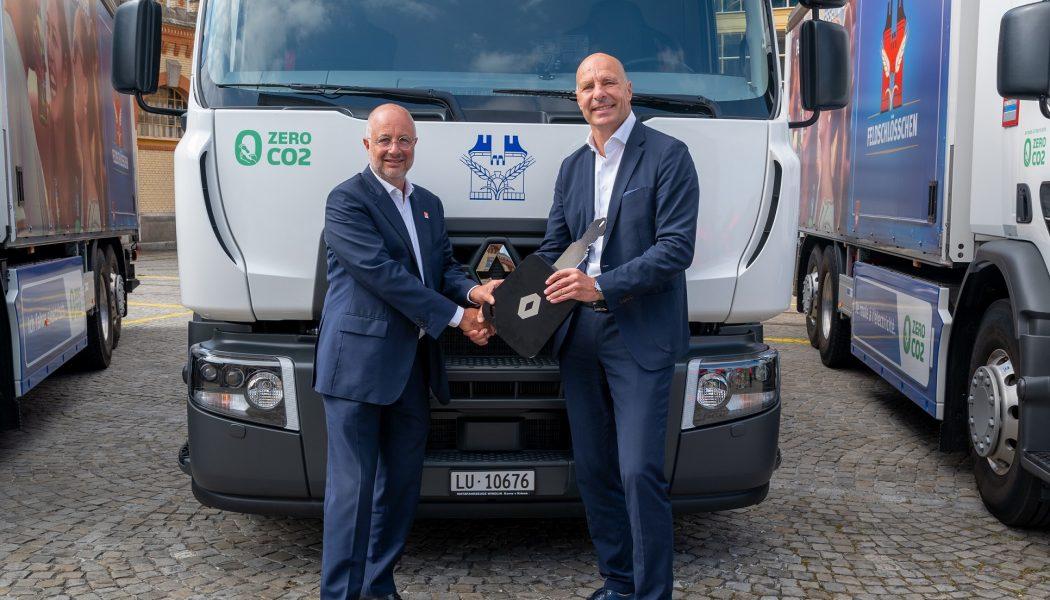 El grupo Carlsberg recibe 20 camiones eléctricos Renault